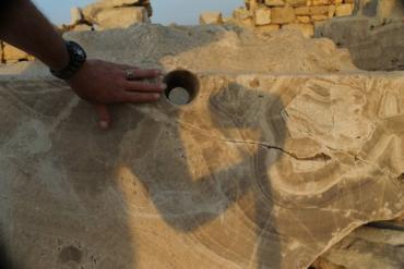 Удивительные следы обработки гранита в Абусире